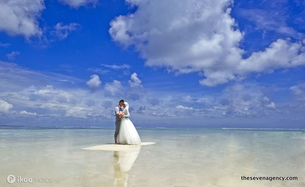 Lagoon wedding - 014-001.jpg