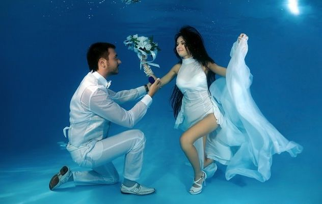 Underwater wedding - underwater wedding.jpg