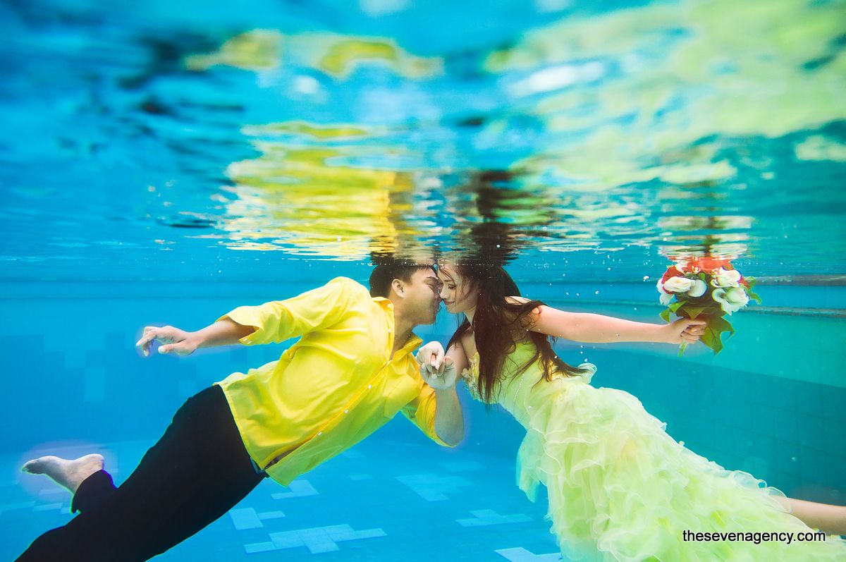 Underwater wedding - image.jpg