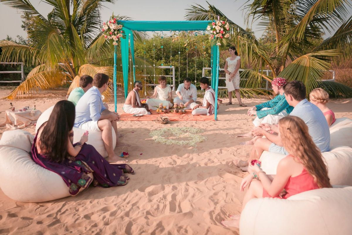 Beach wedding - PWUdcq5mWoE.jpg