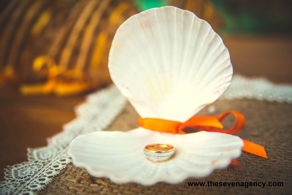 Light wedding - 1 2.jpg