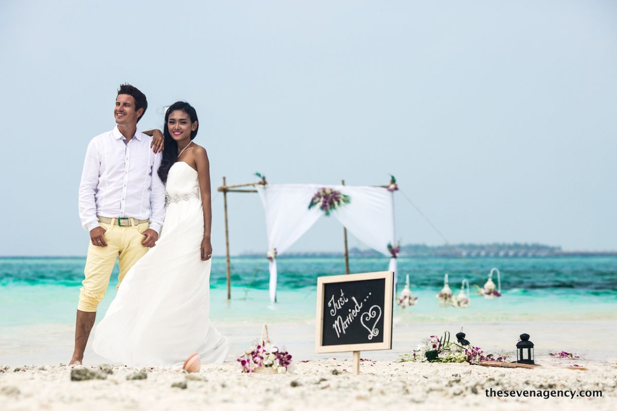 Beach wedding - 1P3A4821.jpg