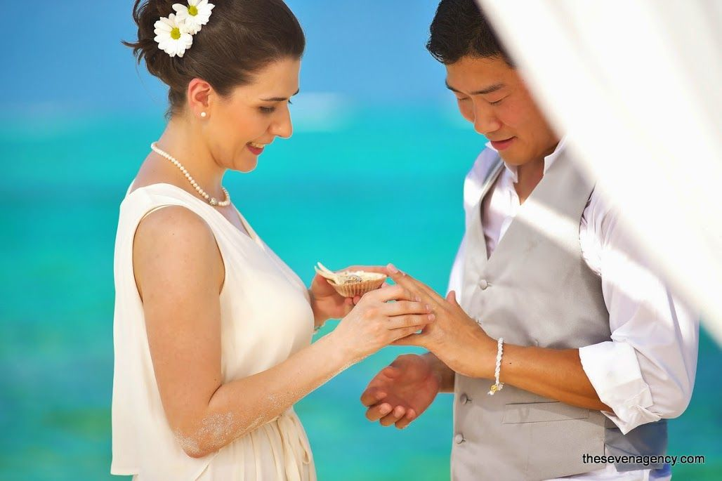 Beach wedding - Beach Wedding - Maldives - 017.jpg