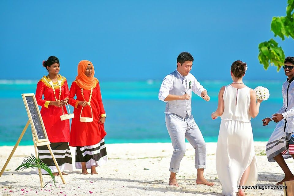 Beach wedding - Beach Wedding - Maldives - 020.jpg