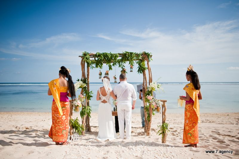 Hidden beach wedding - AG1_3940.jpg