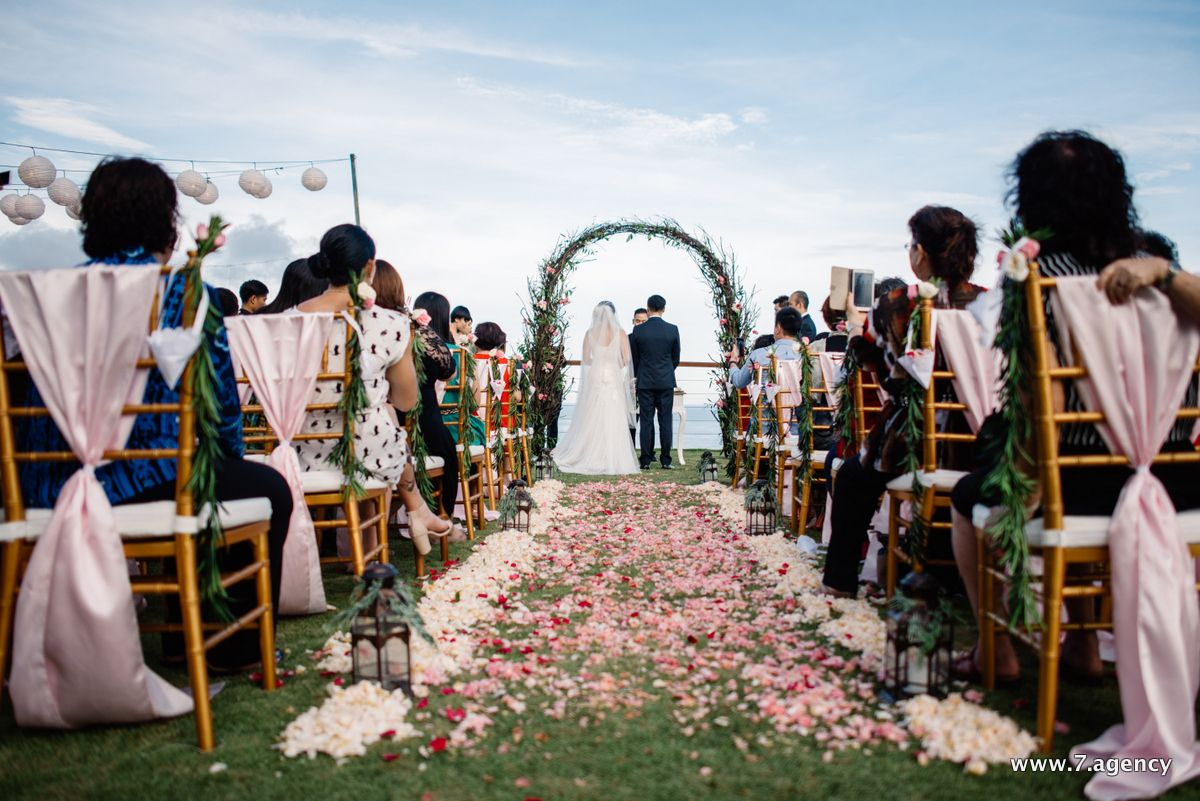 Villa wedding in Bali - 09.04.2016 Angie + Kelvin_086.jpg