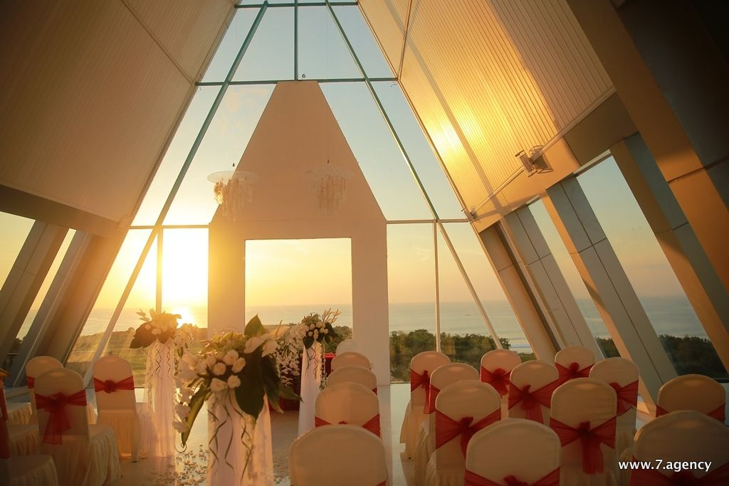 View chapel wedding - Chapel 7.jpg