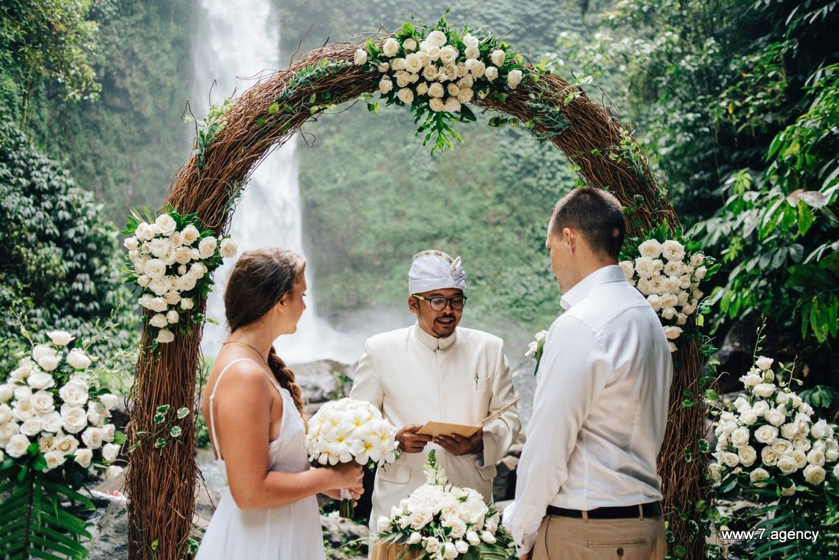 Waterfall wedding in Bali - 10-Jonathan + Rachel_010.JPG