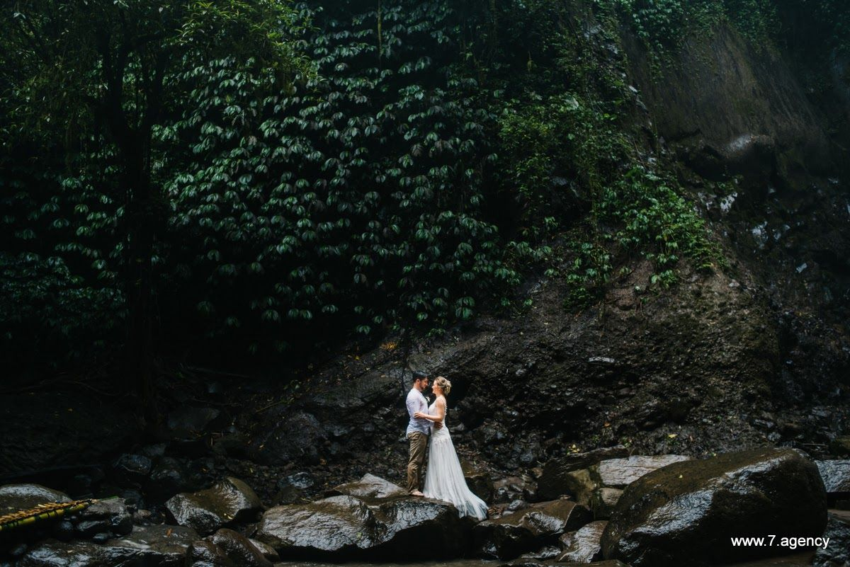 Waterfall wedding in Bali - 26.03.2017 RICHARD + ALLESA WEDDING_47.JPG