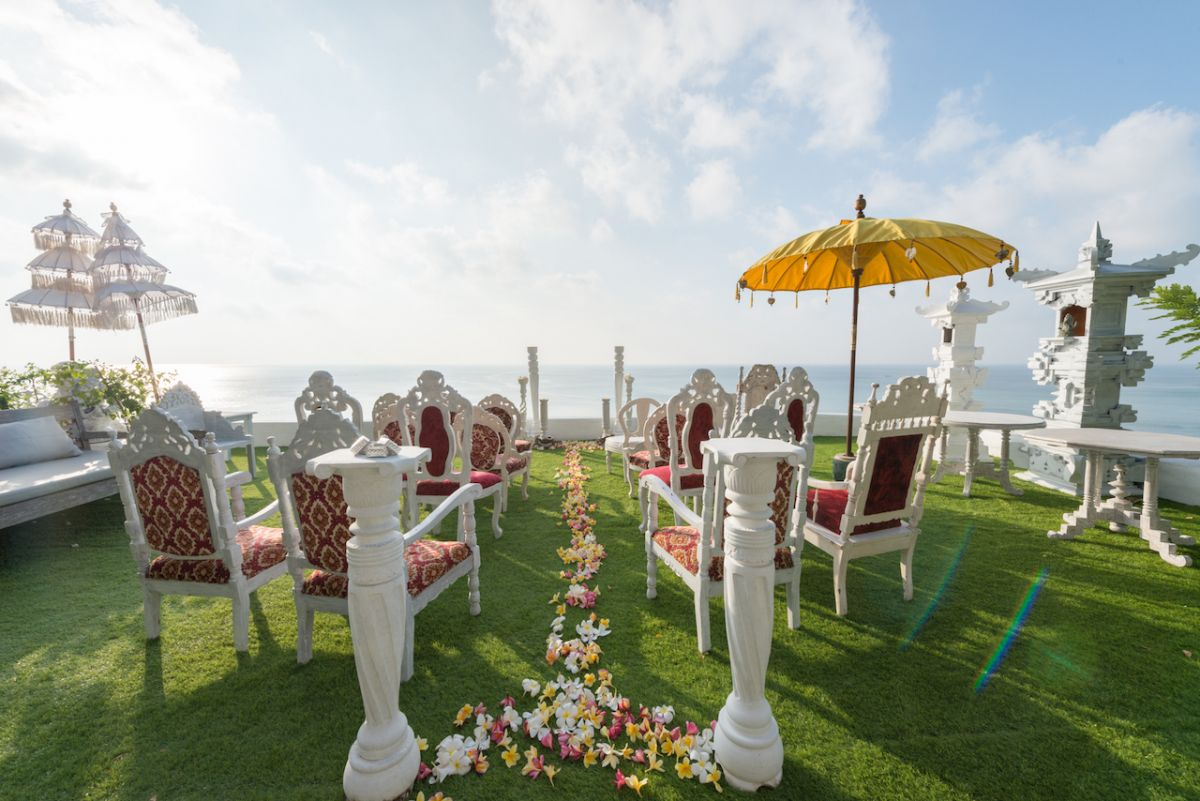 Morabito cliff wedding - morabito-art-cliff_Bingin Bali Temple Terrace Wedding_1.jpg