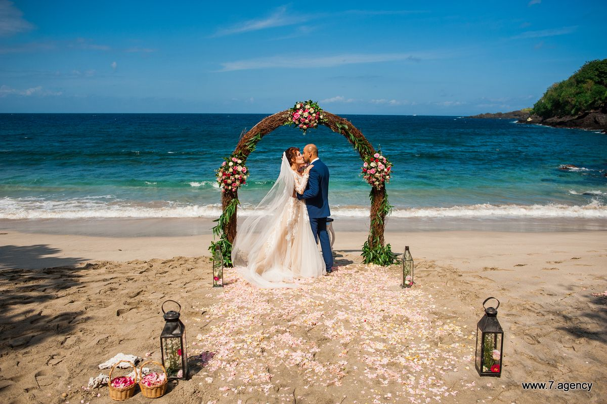Virgin beach wedding - AG2_6991.jpg